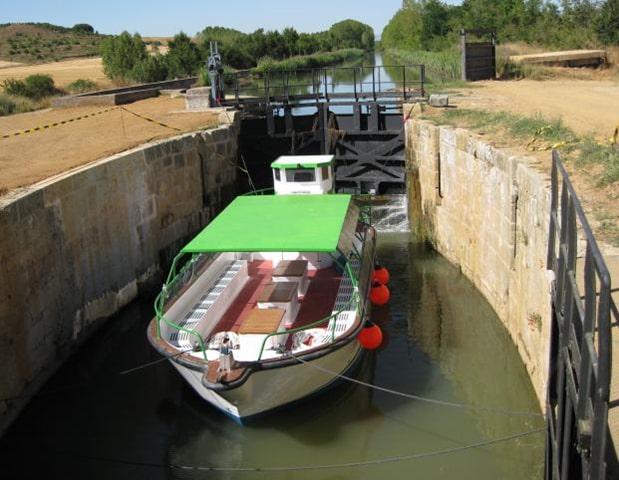 Barco, Canal de Castilla - Orígenes de Europa