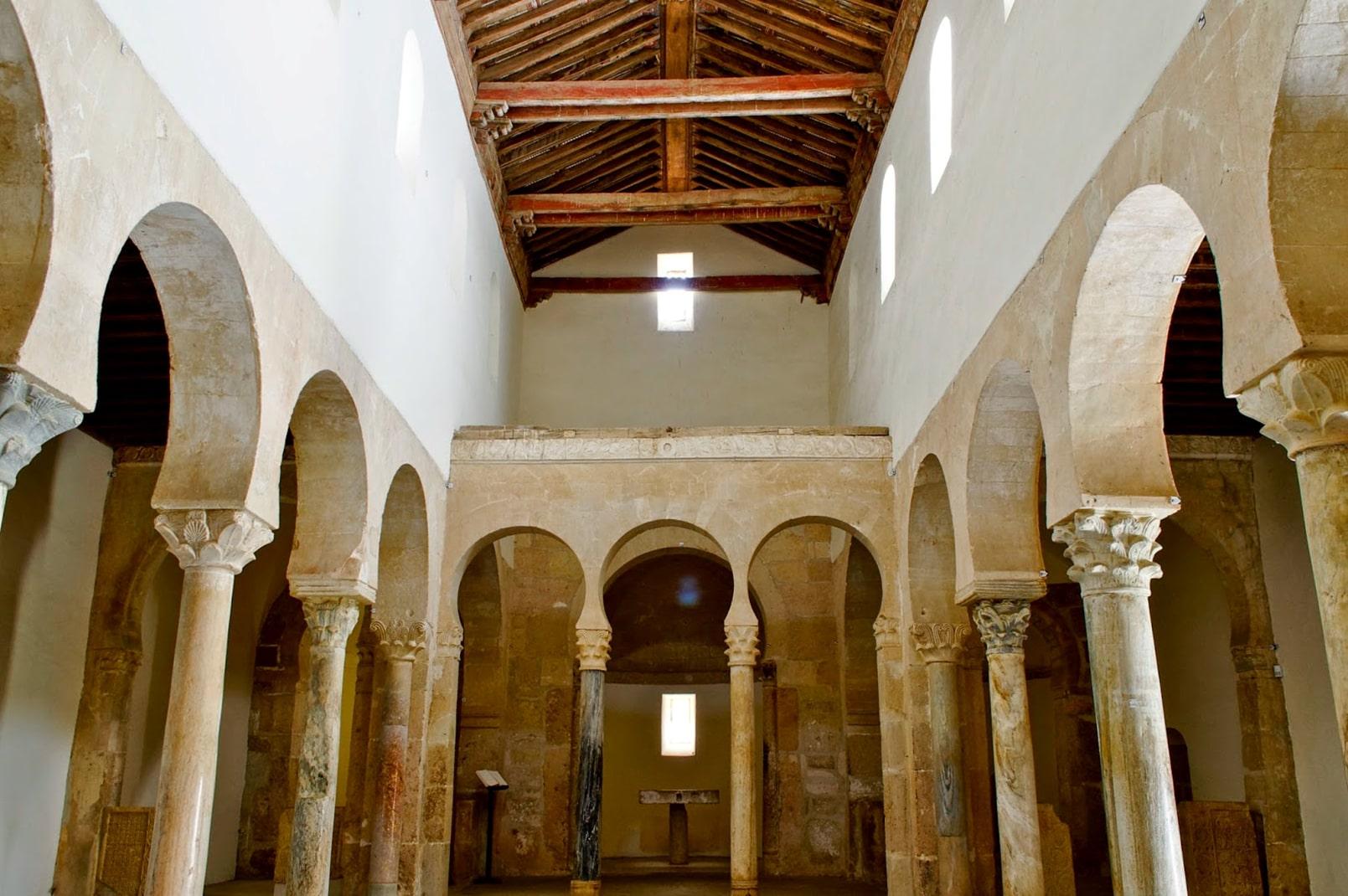 San Miguel de Escalada (interior) - Orígenes de Europa