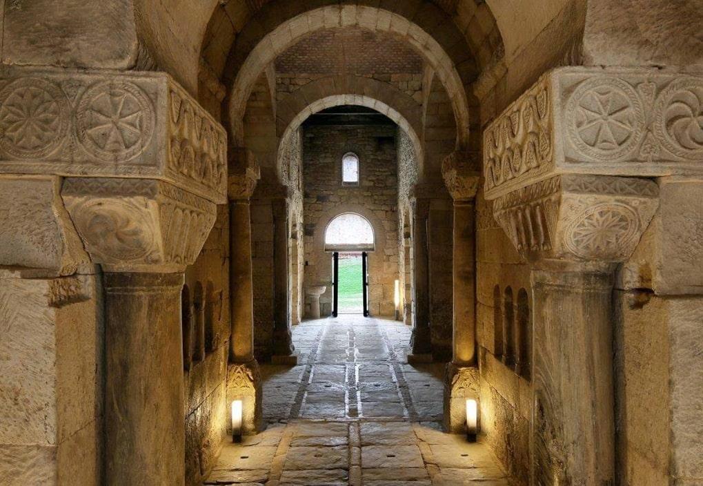 San Pedro de la Nave (interior), Zamora - Orígenes de Europa