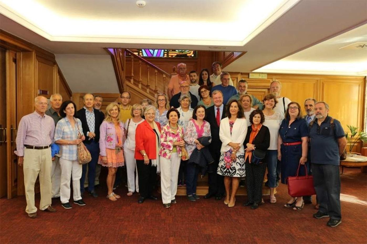 Grupo con el alcalde de León - Orígenes de Europa