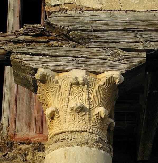 Porche de la casa prioral de San Román de Hornija - Orígenes de Europa