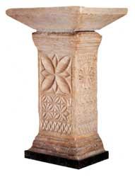 Tenante de altar. Museo de San Vicente. Mezquita de Córdoba - Orígenes de Europa