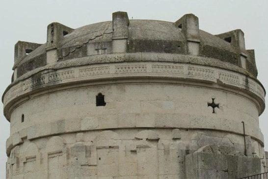 Falsa Cúpula de Mausoleo Teodorico - Orígenes de Europa